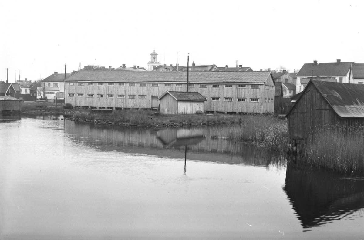 Byggnad som tillhörde Svea Foder i Mönsterås kommun