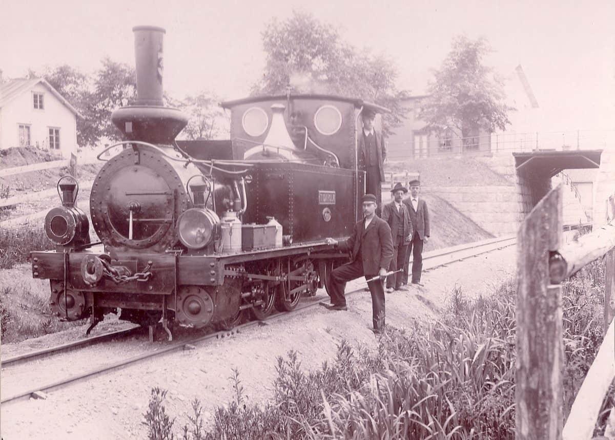 Järnvägen sträckte sig från Mönsterås till Fagerhult